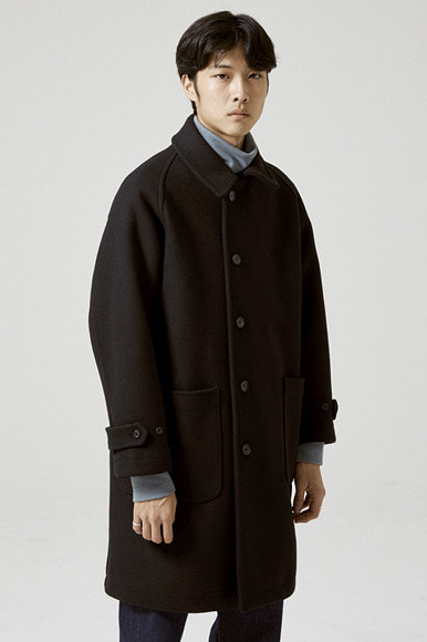 Heavy Wool Balmacaan Coat [Black]