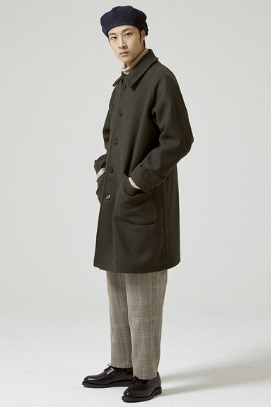 Heavy Wool Balmacaan Coat [Khaki]